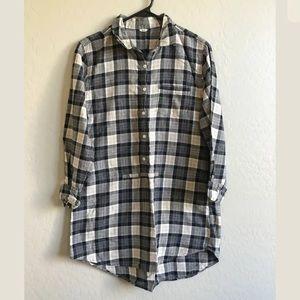 J. Crew boyfriend madres Plaid oversize tunic top